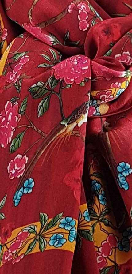 Benares Seidenschal Red - Spring