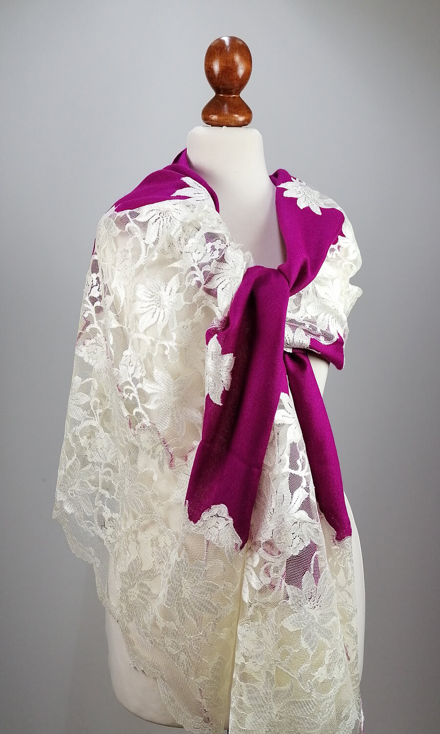 Cashmere Lace Berry