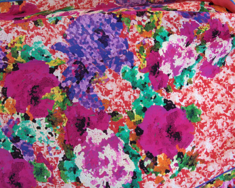 Benares Seidenschal - Flower Love