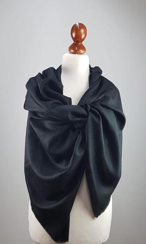 Pashmina Black Beauty - Das Juwel unter den Schals